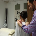 Tui na on the upper back for shoulder pain